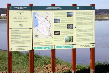 The Park's boards and markings